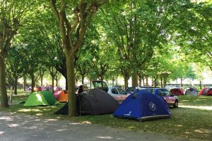 Camping Parc Beaujolais_groupe_hebergement_1
